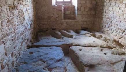 Nécropole du château de Montaigut