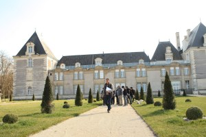 chateau de jalesnes hotel loire valley france