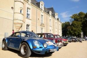 chateau de jalesnes hotel loire valley france car show