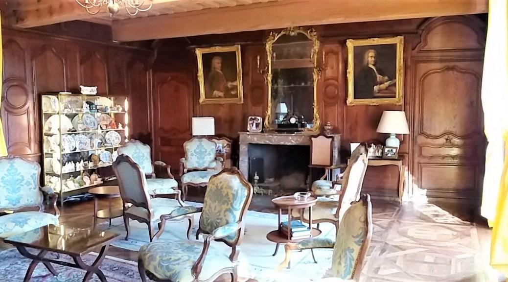 Saconay - Le grand salon