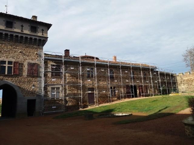 Saconay - Dernière phase des travaux sur les toits 5