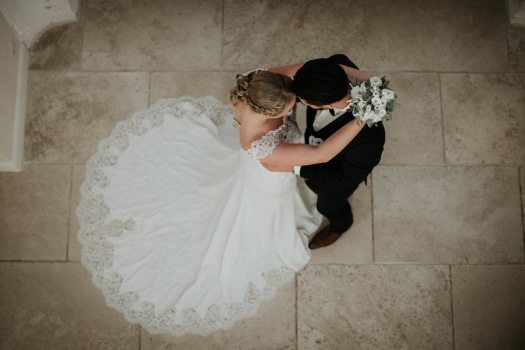 8- Chateaudetilly - inspiration mariage - photos de couple au chateau de tilly (3)