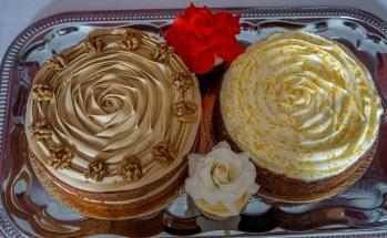 Coffee walnut & carott cakes