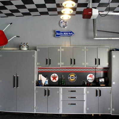 DIY Garage Transformation – A Gentlemen's Showcase