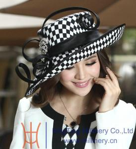 favorite Kentucky Derby Hat www.chathamhillonthelake.com