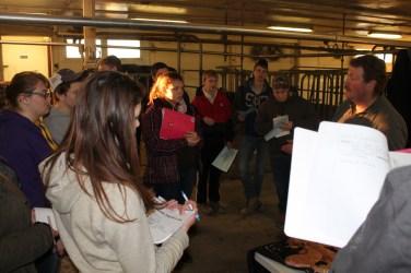 2016 4-H Vet Club - members in dairy barn