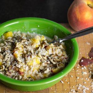 Coconut peach oatmeal is a delicious vegan breakfast! | chattavore.com