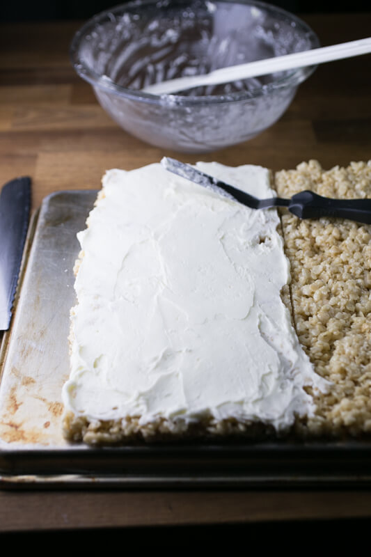 Wedding cake Rice Krispies treats are pretty much heaven in Rice Krispies treats form. After you try them you'll never want regular RKTs again! | Recipe from Chattavore.com
