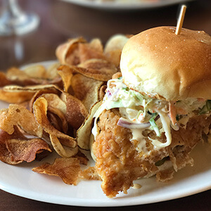 Local 191 is a popular bar located near the Chattanooga river front. Attached to the Blue Plate, it serves lots of delicious, locally sourced foods. | Restaurant review from Chattavore.com