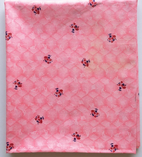 Fabric Dusty Pink Floral 2 https://chaturango.com/cotton-fabric-online-dusty-pink-floral/