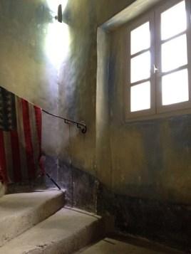 Cage escalier restaurée a l'identique par chaux room