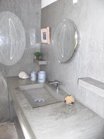 Salle bain en béton ciré chaux Room