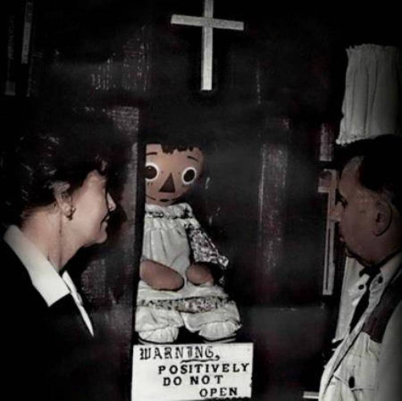 1 – Boneca Annabelle