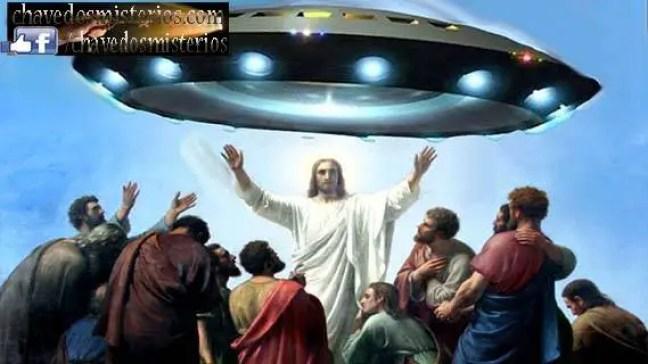 Segundo o cristianismo, Deus criou o homem à sua imagem e semelhança e sacrificou seu único filho para salvar a humanidade. Mas ... o que aconteceria se não estivéssemos sozinhos no Universo? Quem salvaria os outros?