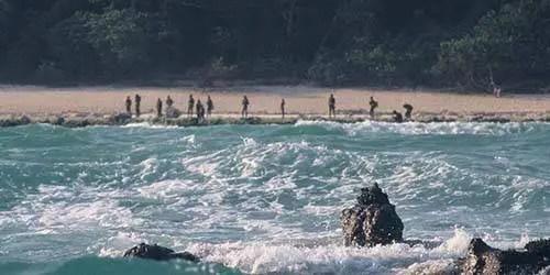 """Sem imunidade, qualquer vírus pode matar toda a tribo... Andaman abriga cinco tribos classificadas como particularmente vulneráveis"""". Além dos sentineleses, estão ali os jarawas, os grandes andamanenses, os onge e os shompen. Os sentineleses e os jarawas não se integraram ao resto da comunidade da ilha."""