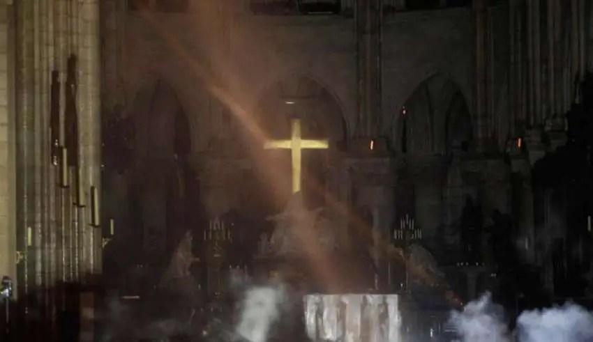 Incêndio de Notre Dame foi uma previsão de Nostradamus