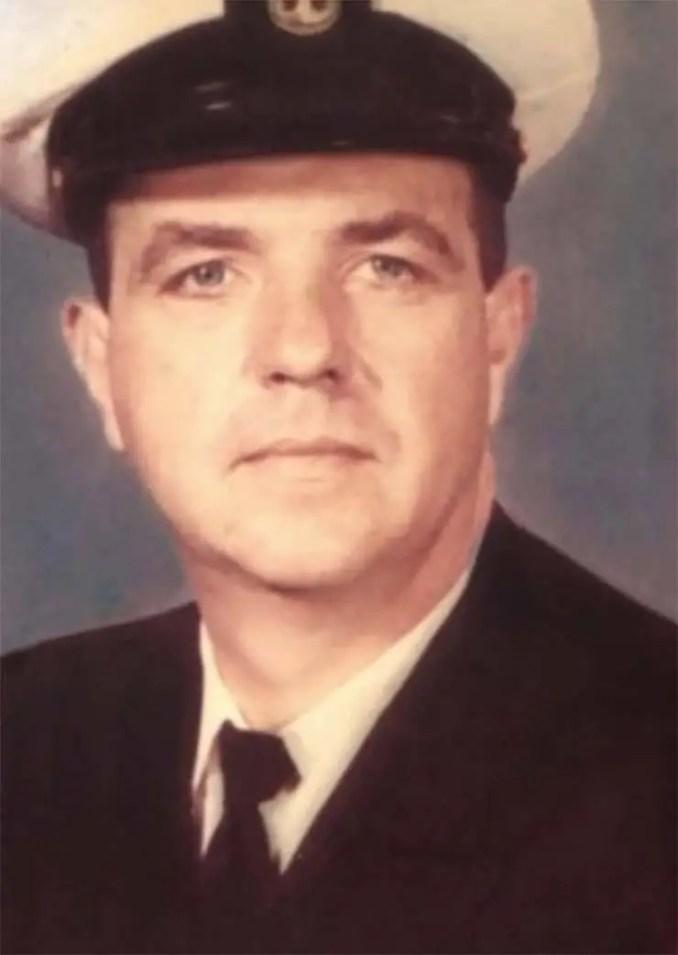 William Todd, um piloto da Marinha dos EUA. UU