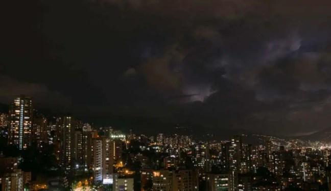 Milhares de pessoas ouvem sons apocalípticos em uma cidade na Colômbia