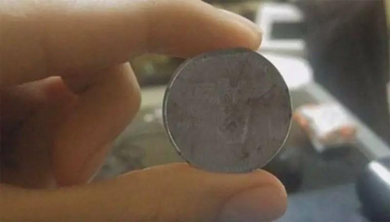 O mistério da moeda nazista que veio do ano 2.039
