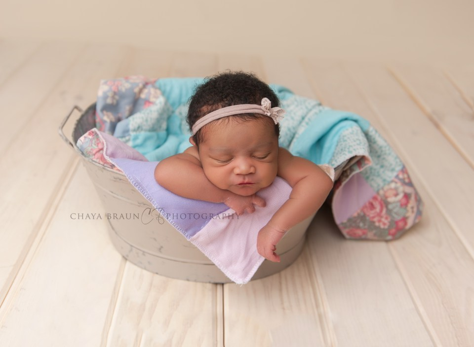Chaya Braun Photography - newborn photographer in Baltimore