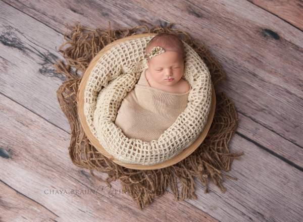 newborn photographer Baltimore, Maryland