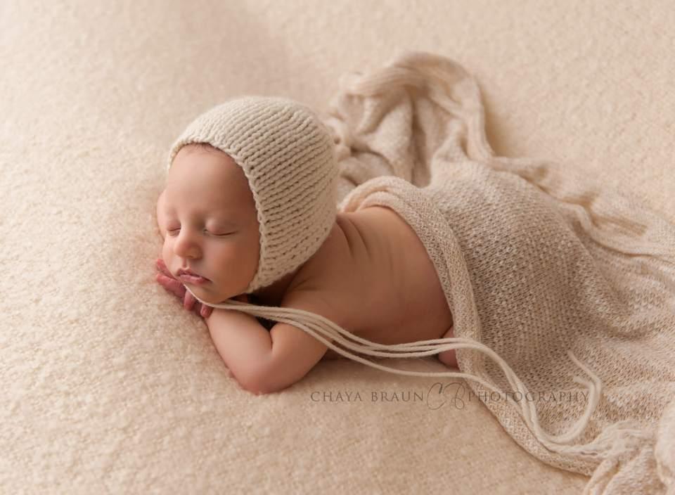 best newborn photographer in Maryland