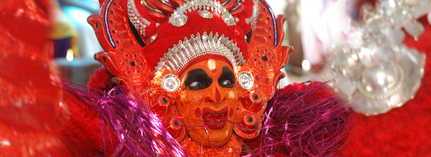 Kannur-kasargod-theyyam-stories