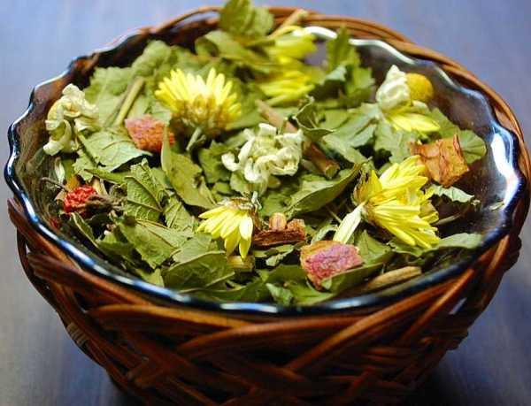 Смородиновый чай с хризантемой