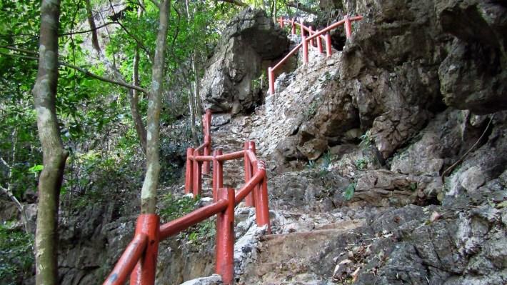 stezka-na-vrchol-Ngu-Lam-1-1281469846-1553843499280.jpg