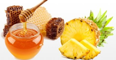 Pineapple pulp and honey