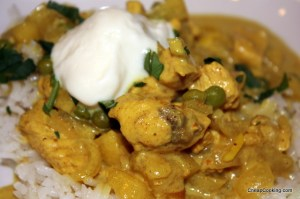 A Mild Chicken Curry with Apples