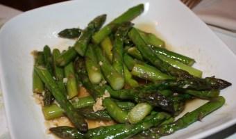Stir-Fried Asparagus with Garlic