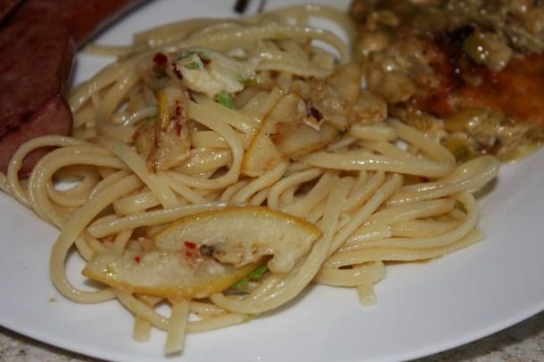 Fried lemon pasta with chili flakes