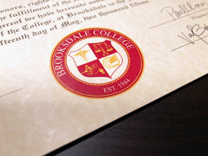 Multi-Color Diploma Seal (C03-Maroon)