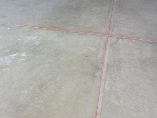 Lineas de tiza para la instalacion de porcelanato
