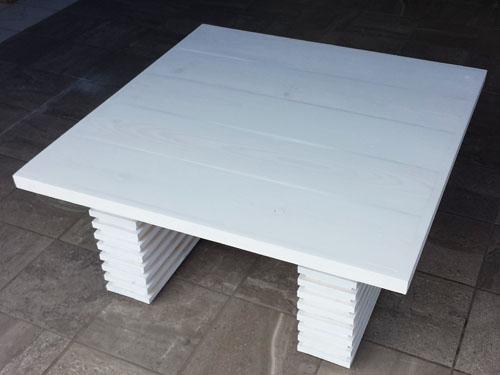 Mesa de centro de madera hecha en casa