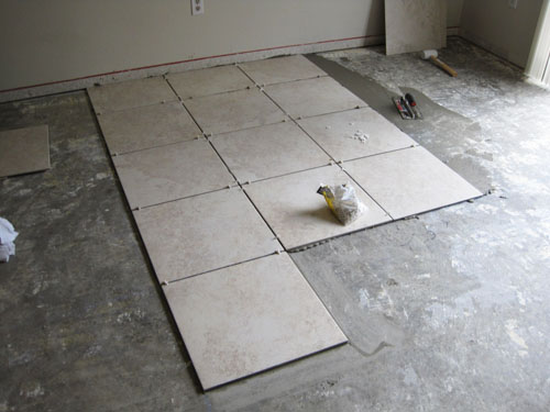 New porcelain tile flooring, a good alternative for any DIY kitchen remodeling project