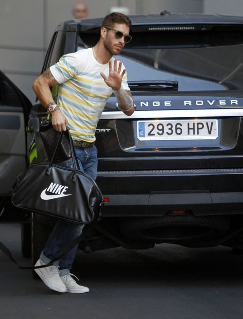 Top 10 Most Stylish Footballers As At 2016 26