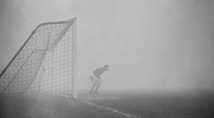Funny Football History: Sam Bartram Foggy Incident 4
