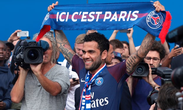 Official: Ligue 1 Giant Secure Signing Of Dani Alves On A Two-Year Deal 4