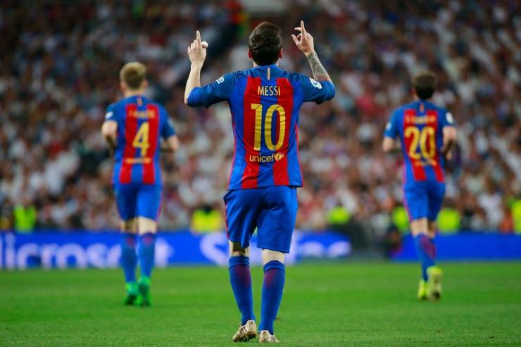 The Touching Story Behind Lionel Messi's 5 Most Iconic Goal Celebrations 13