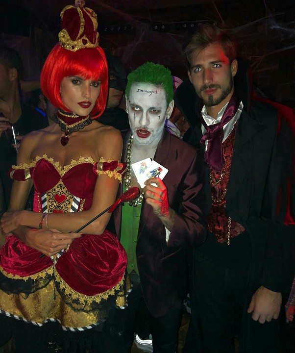 Neymar Jr Dresses As Joker For Halloween 10
