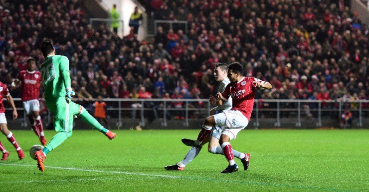 Bristol City Dumps Man United Out, Secure Semi-Final Spot 7