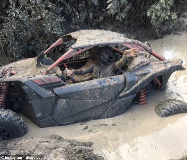 Summer Vacation : Costa Drives Through Dirty Mud, While Isco Feeds Swimming Pigs 8