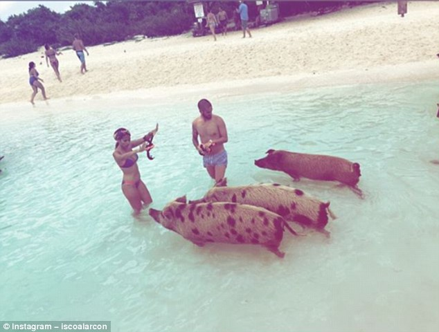 Summer Vacation : Costa Drives Through Dirty Mud, While Isco Feeds Swimming Pigs 9