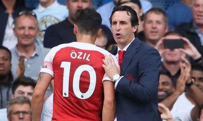 Unai Emery Refuse To Publicly Guarantee Mesut Ozil's Future At Arsenal 4