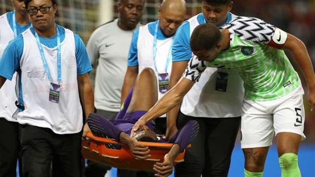 Goalkeeping Crises: Who Does Gernot Rohr Turn To After Uzoho's Injury? 8