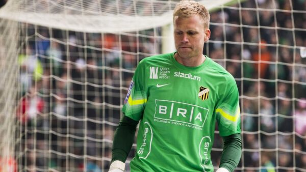 10 Of The Worst Goalkeepers Since 2010-20