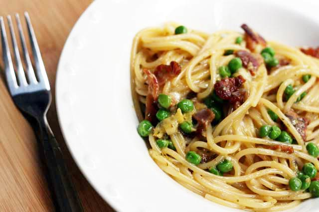 Pasta carbonara recipe: The creamiest pasta dish that doesn't contain cream! Click through for recipe.