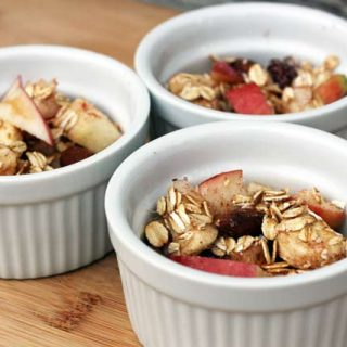 Muesli recipe: Kind of like granola, but fresher and lighter. Click through for recipe!